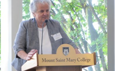 Sr. Margaret Anderson Receives the President's Award for Outstanding Service to the Mount