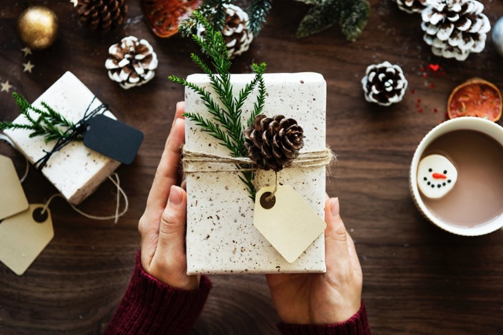 7 Ways to Rethink Gift-Giving this Christmas