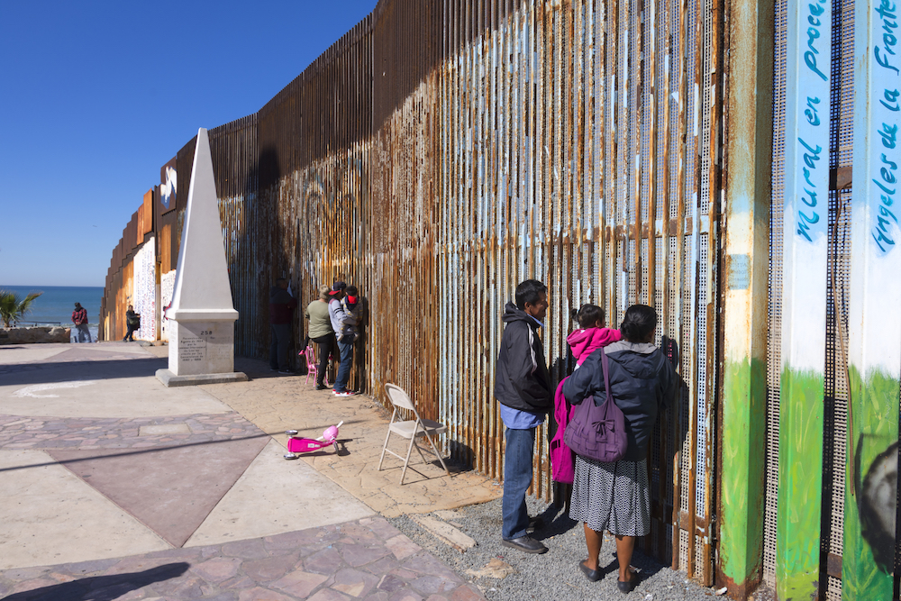 Dominican Sisters Support Giving Humanitarian Aid to Migrants at the Border